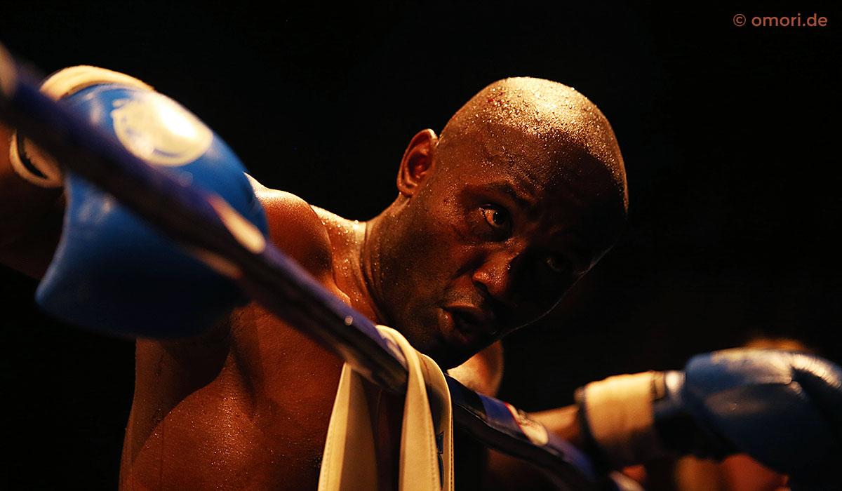 Kickboxen am Boxring