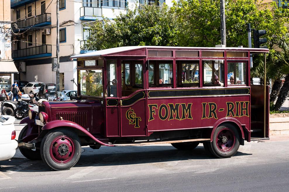 Historischer Bus in Sliema Malta