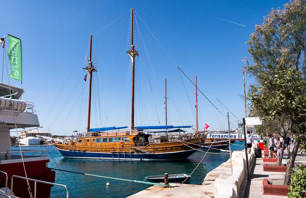 Segelschiff im Hafen von Sliema