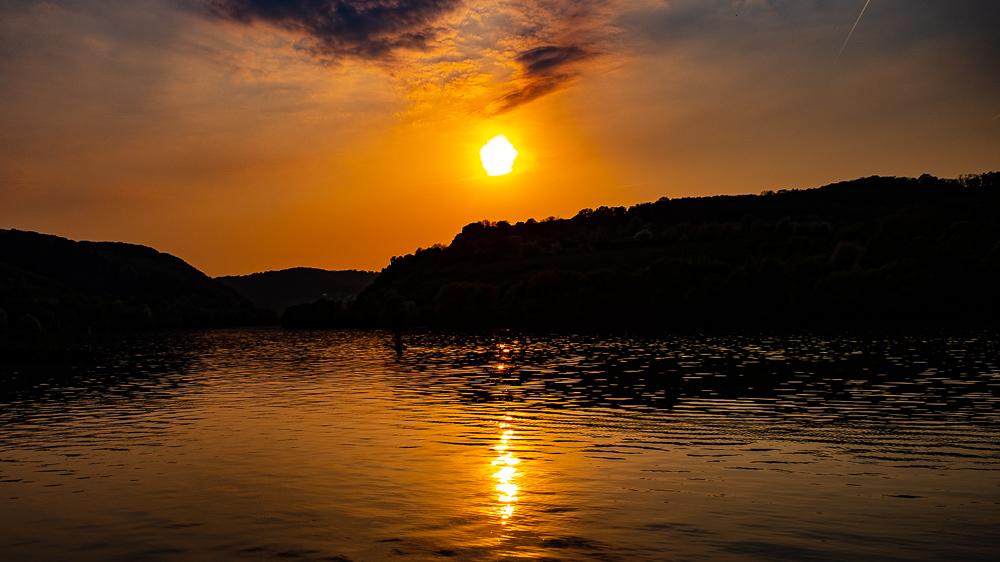 Sonnenuntergang an der Mosel